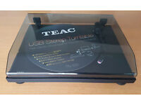 TEAC TN-100 Quality built with wooden plinth USB with Pre-Amp/Phono Stage