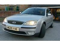 Ford Mondeo 1.8 Silver. Excellent low mileage car.