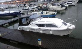 6 Berth Cabin Cruiser. Viking Seamaster. New Oct 2015. All facilities with mooring. 40 HP Outboard
