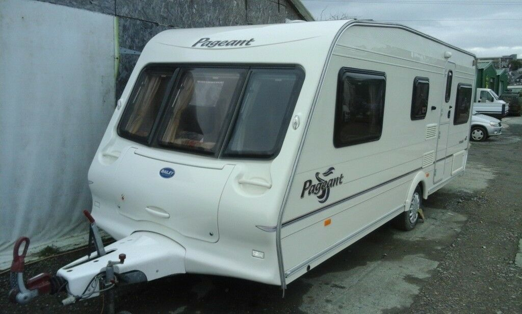 2004 Bailey Pageant Vendee Fixed Bed Caravan Awning Extras