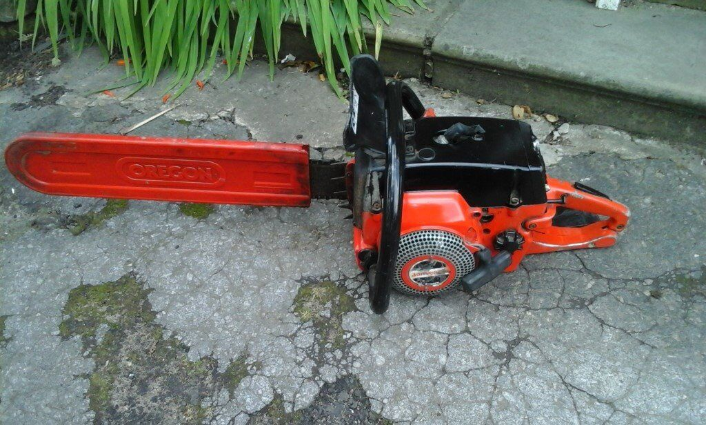 Vintage jonsered petrol chain saw