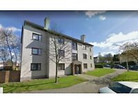 Spacious 2 bed flat, Glenrothes Close to town centre available 21st April