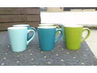 6 x colourful mugs