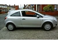 full service history, 1 lady owner, £30 tax, cheap insurance