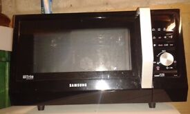 Samsung Trio Microwave - Christmas is coming and you need the extra oven space!!
