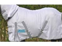 Pony white fly rug