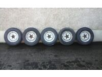 Land Rover Defender Wheels and Tyres for Sale, Good Thread, £50ono ea