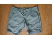 Bermuda Shorts Men size 36/XL