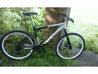 GT AVALANCHE 1.0 MENS MOUNTAIN BIKE