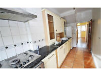 Walthamstow E17. **AVAIL NOW** Large, Light & Modern 4 Bed Furnished House with Garden on Quiet St