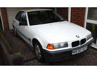 BMW 316i Alpine White***Low miles****