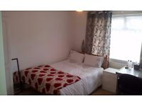 NORTON, LUXURAY Large Double bedroom