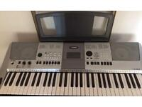 YAMAHA PORTABLE KEYBOARD- PSR E413