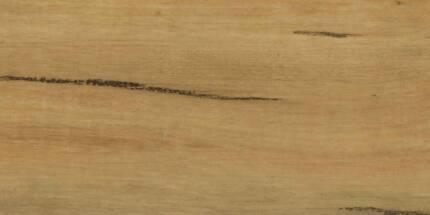 Vinyl Plank flooring lemon  spotted gum 138sqm pallet size avail