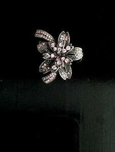 Women's Blooming Pink Flower Brooch.