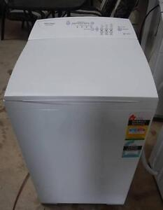 F&P P 5.5KG Washer (Includes Delivery) Wingfield Port Adelaide Area Preview