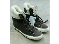 Converse Chuck Taylor Winter Boot - Size 6 - New with Box