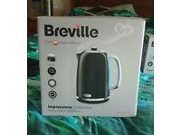 BRAND NEW BREVILLE KETTLE!