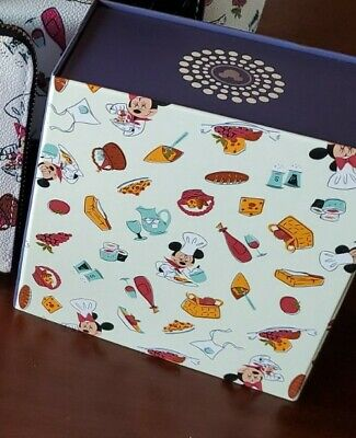 NWT Disney Parks Dooney & Bourke 2020 Epcot Food and Wine Magic Band LR