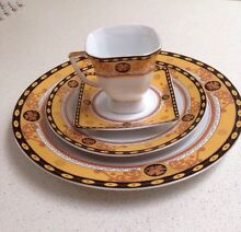 Beautiful Milano Collection dinner set Palm Beach Pittwater Area Preview
