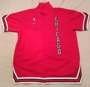 Authentic Nike Chicago Bulls Warm up Jacket XL Byford Serpentine Area Preview