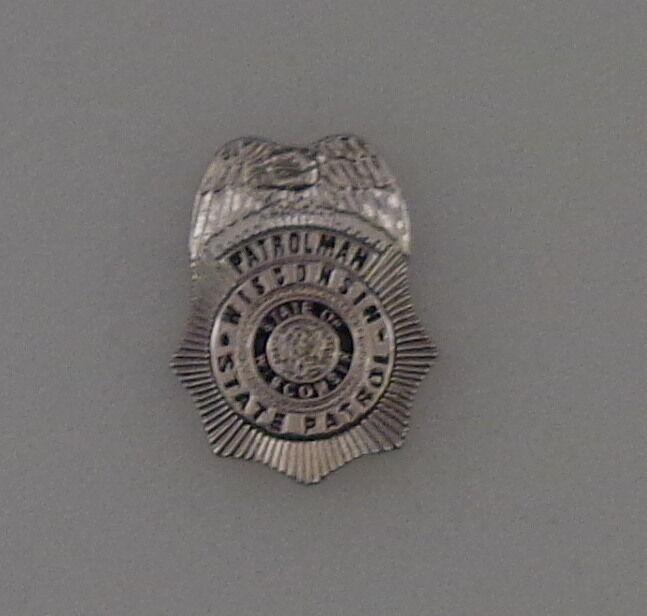 Wisconsin State Patrol WI highway police MINI BADGE LAPEL PIN WISP