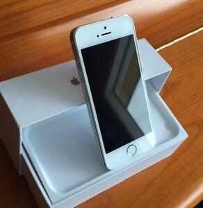iPhone 5S ~32GB~ (Bell&Virgin) -Kelowna-