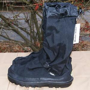 Neos overboots fits sizes up to 10. NEW.