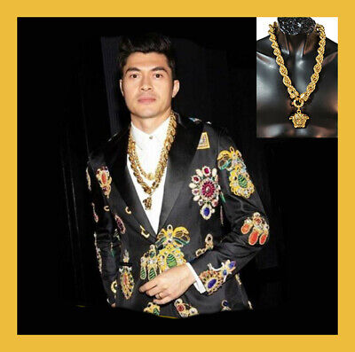 NEW VERSACE 24K GOLD PLATED MEDUSA PENDANT NECKLACE as seen on Met Gala 2019