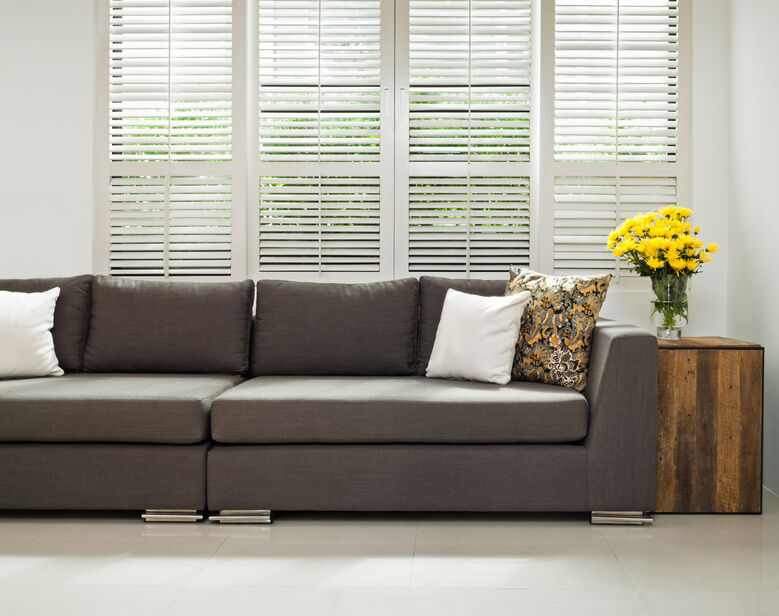 Buying Guide For Purchasing Blinds The Perfect Roman Shades Venetian Or Roller