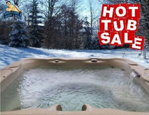 5 PERSON HOT TUB with LOUNGER - *NEW* IN STOCK !!