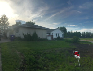 Perfect Family Home @ 96 Beaver Crescent