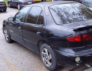 2000 Pontiac Sunfire Sedan Windsor Region Ontario image 4