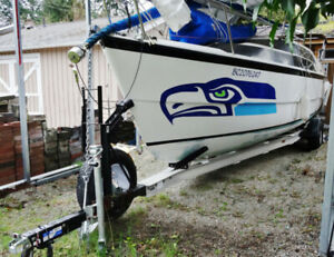 2009 26' MacGregor Sailboat+ Trailer + 60 HP Outboard; VERSATILE