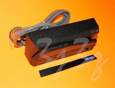 Hid 3152540 Epic Ar-1 Wiegand Swipe Reader Model 32985