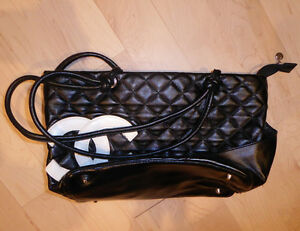 Various handbags $ 5 - $ 65 (DKNY, Armani, GUESS, no name) Kitchener / Waterloo Kitchener Area image 9