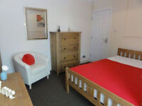 Amazing Single and Double Rooms Available today! Hurry up