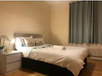 Massive Double Room to Rent in Durnsford Road, South Wimbledon, SW19