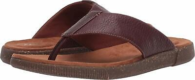 Men's Clarks Comfy Thong Sandal Vine Oak Mahogany Brown 26140239 ()