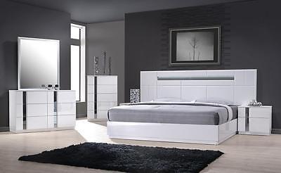 MONTE CARLO - KING SIZE WHITE LACQUER CHROME 5PC BEDROOM SET W LIGHT Bedroom Chrome Dresser