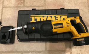 DeWalt 18V Battery Powered Sawzal