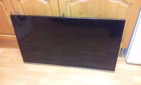 "Panasonic Viera TX-40CS520B 40"" 1080p HD smart TV - broken screen - for parts or repair"