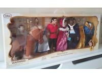 THE DISNEY STORE BEAUTY AND THE BEAST DELUXE DOLL SET GASTON BELLE BEAST COGSWORTH LUMIERE MRS POTTS