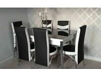 BRAND NEW DESIGNER STYLE EXTENDABLE DINING TABLE WITH 4 OR 6 FAUX LEATHER CHAIRS 💕💕