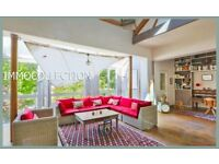 Charming house with character for sale in Paris
