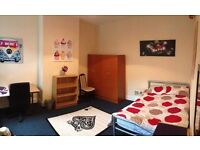 Great Location - 5min To Arts Tower! *FREE Cleaner And Internet* 7-bed House - SPEEDY1538