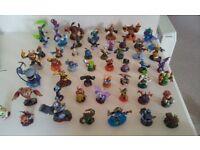 Assorted Skylanders figure bundle