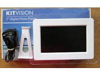 """Kitvision 7"""" Digital Photo Frame"""