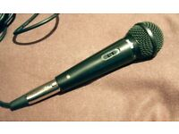 SANYO MICROPHONE & STEREO CABLE. EXCEPTIONAL SOUND FOR SOLO SINGERS & MAKING SPOKEN ANNOUNCEMENTS.