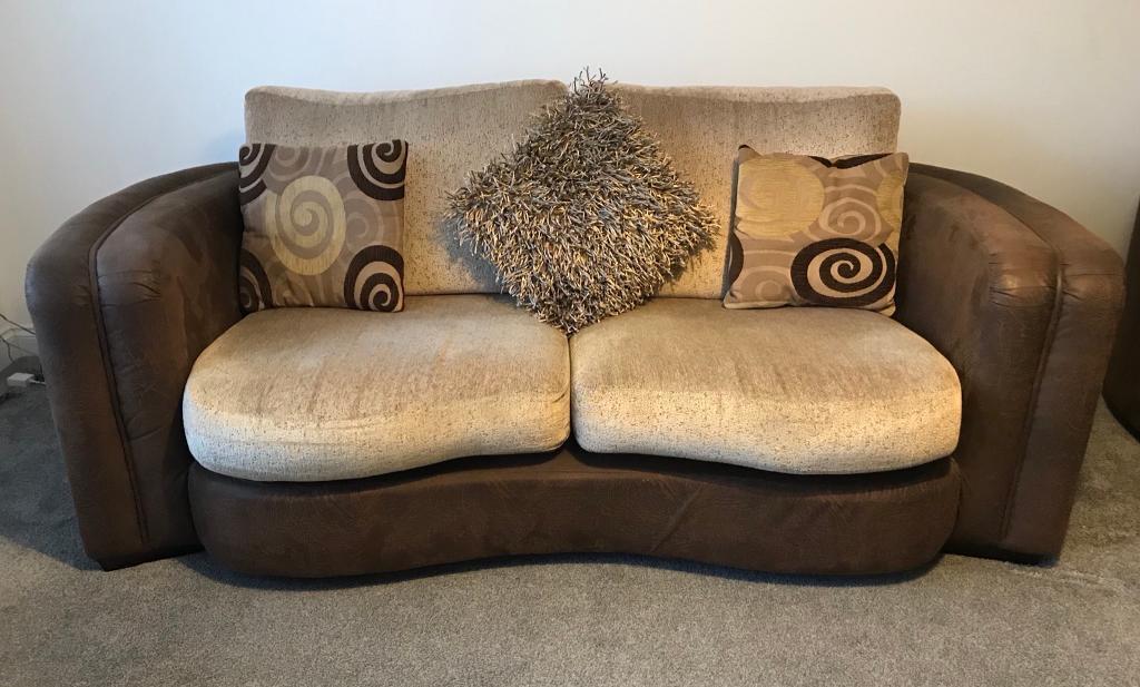 Sofa Set   1 X 3 Seater / 1 X 2 Seater Love Seat